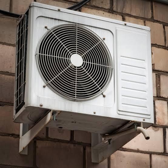 unidade-externa-condensadora-ar-condicionado