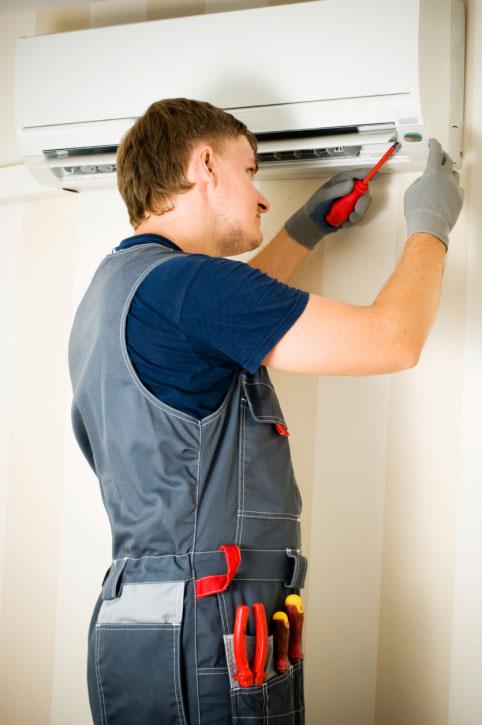 Dicas na hora de contratar um técnico em ar-condicionado
