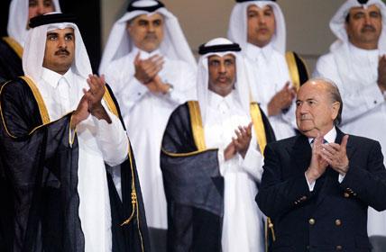 Príncipe Sheikh Tamim bin Hamad al-Thani e presidente da FIFA Sepp Blatter