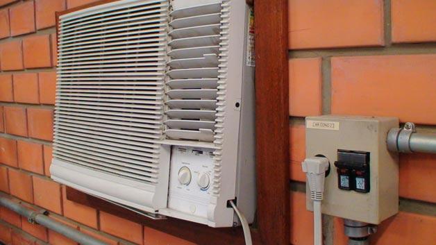 Disjuntor em ar condicionado janela