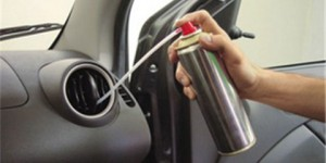 Veja o teste de 5 produtos para limpeza de ar-condicionado automotivo