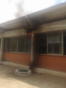 Ar-condicionado explode durante protesto de alunos na UFPB