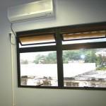 Deixar a janela aberta com o ar-condicionado ligado aumenta o consumo de energia?