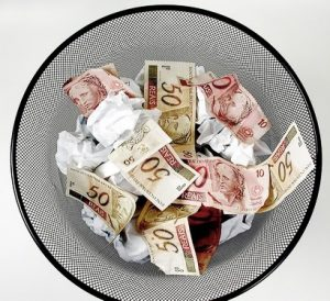 desperdicio-dinheiro