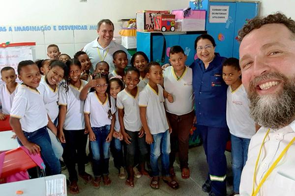 Foto Projeto Ambiental na Escola Araci dos Santos Reis - Leandrinho na Bahia 1